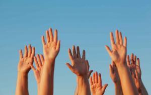 Hände in die Luft